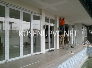 Pintu dan jendela UPVC