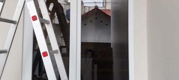 Jendela UPVC Murah Model Jungkit Putih Rusin Raya Pondok Aren Tangerang Id6077